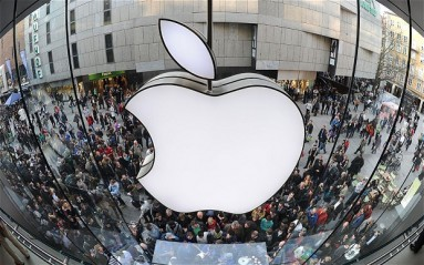 Photo of Apple Shares Surge After Earnings; Is There More Upside for Apple Ahead?
