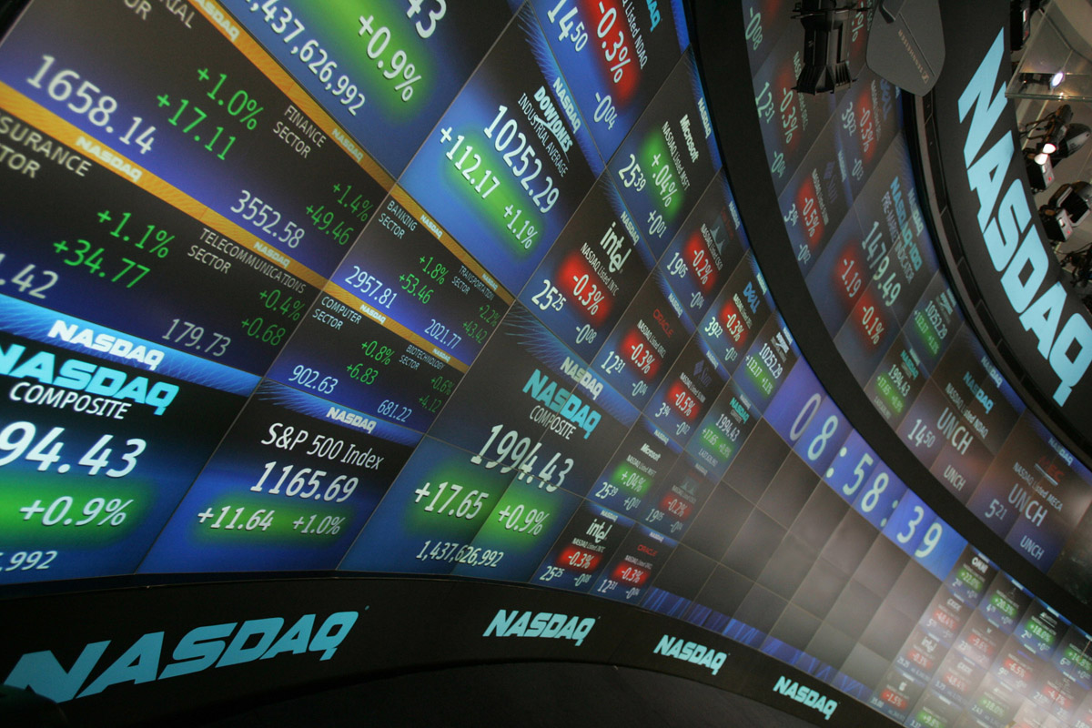 Photo of Apple, Facebook are Big Market Movers