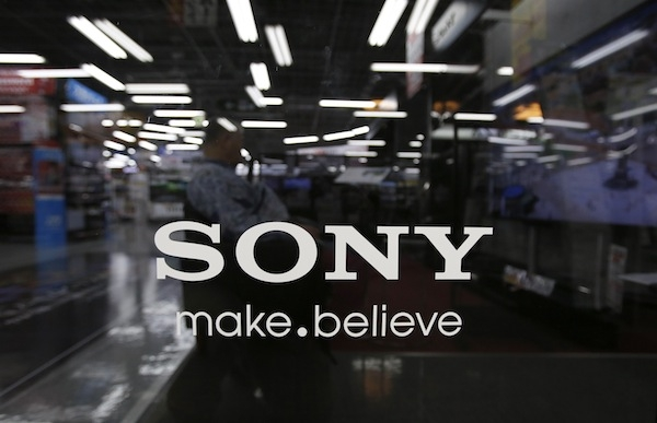 Photo of Sony 'Overtakes' Rival Nintendo in Console Sales
