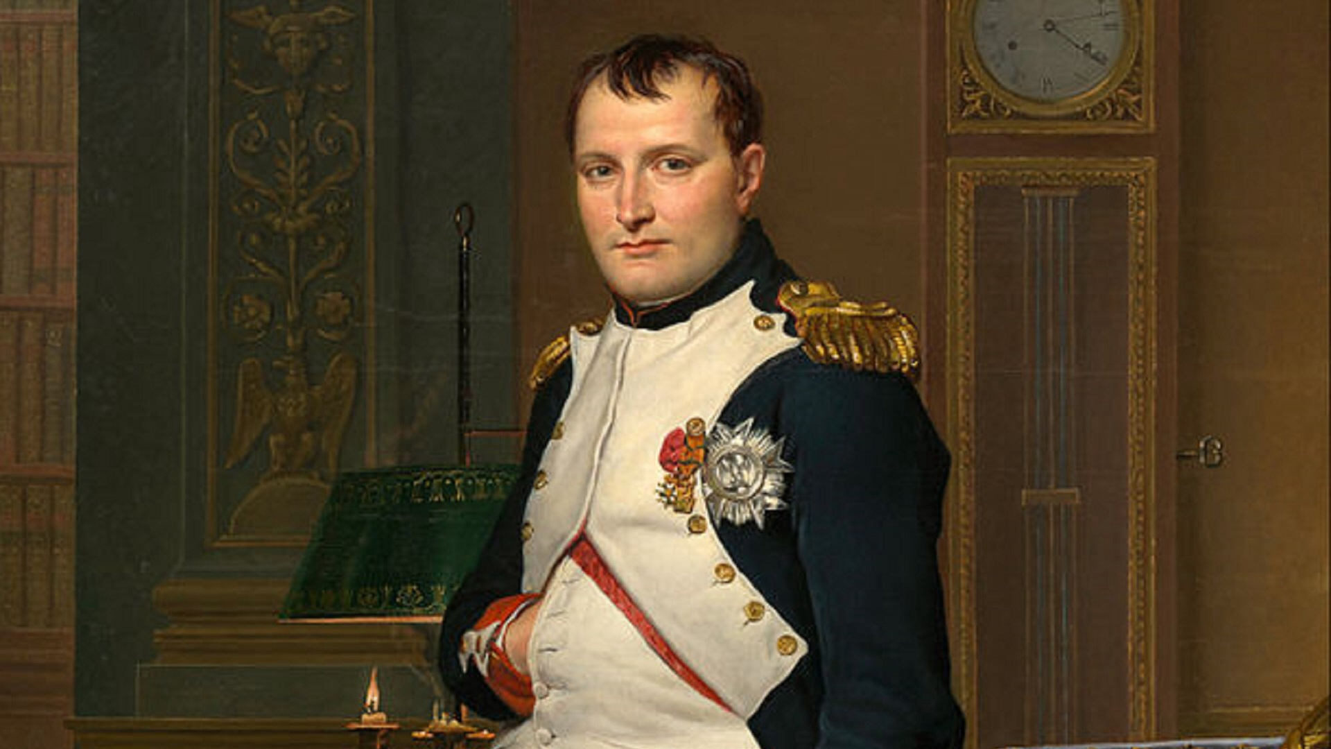 napoleon becoming a tyrant Was napoleon an enlightened ruler or a tyrant (a) napoleon was one of the greatest rulers who ever lived napoleon was typical of the enlightenment in 1799, the directory fall, and napoleon became the first consul in the new government of consulat, which brought political stability to france by.