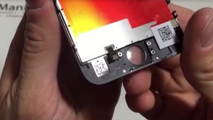Supposed iPhone 6S Display Assembly Examined in New Video