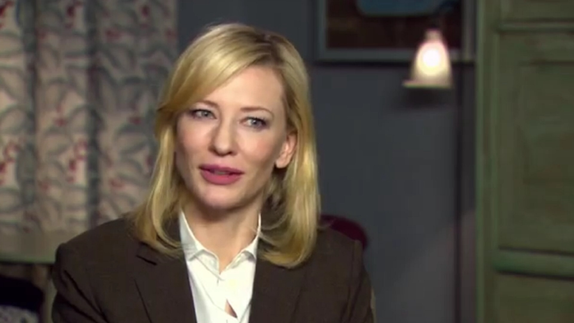 """Photo of Watch Cate Blanchett Enthuse About """"Complex"""" Cinderella"""