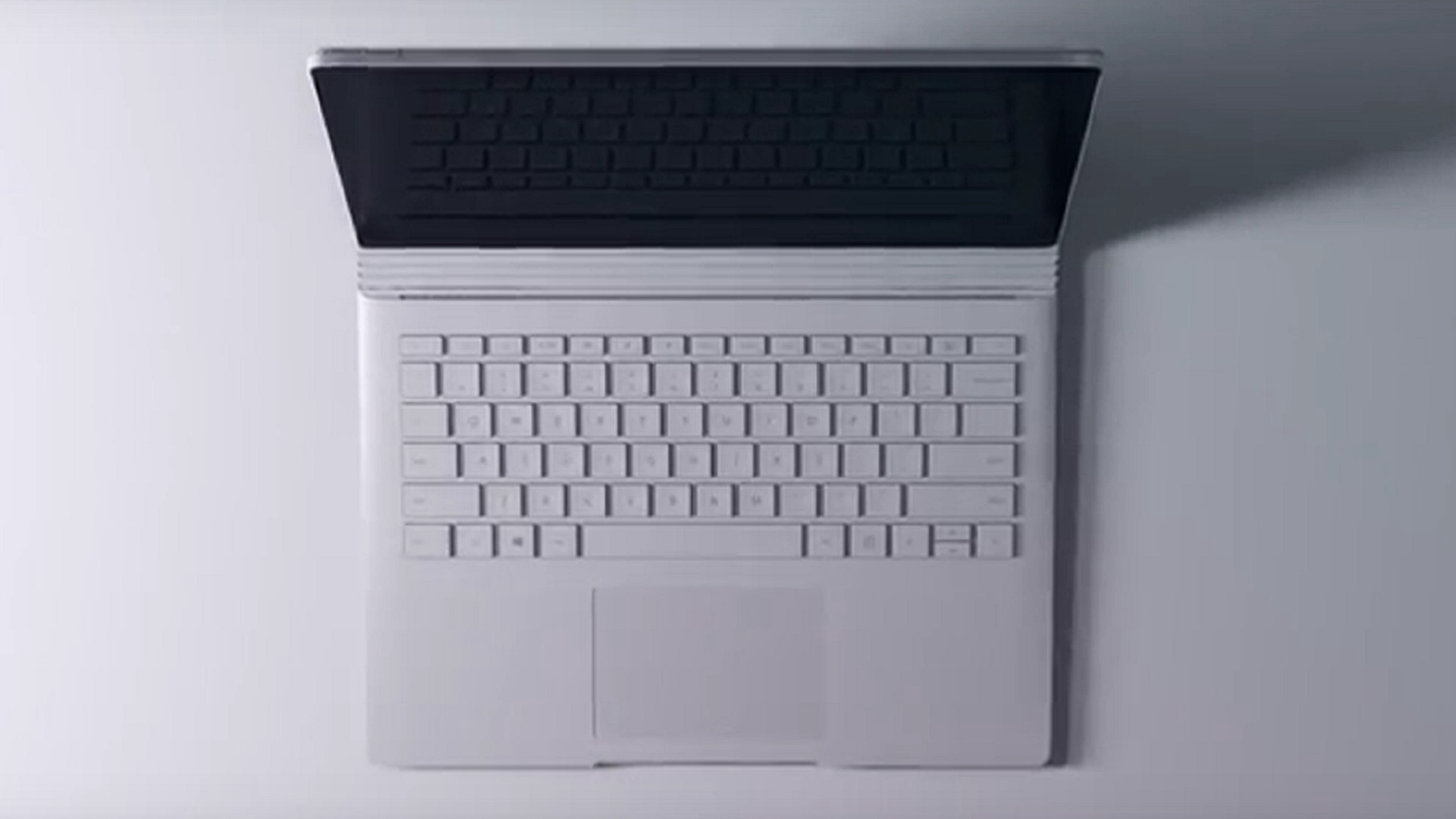 Photo of Early Adopters Report Various Problems with New Surface Book