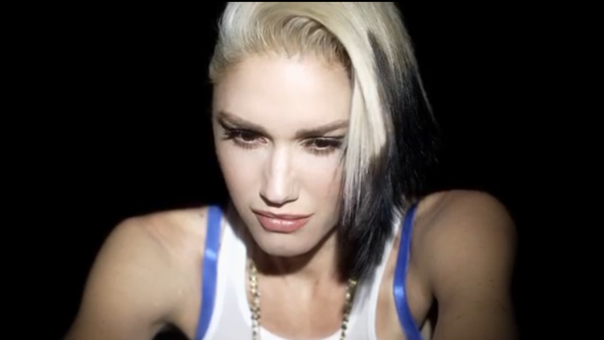 Photo of Gwen Stefani Heads Recent Exciting Additions to iTunes Store