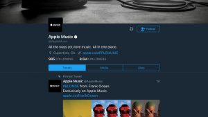 """Twitter iPhone and iPad Apps Get Dark-Themed """"Night Mode"""""""