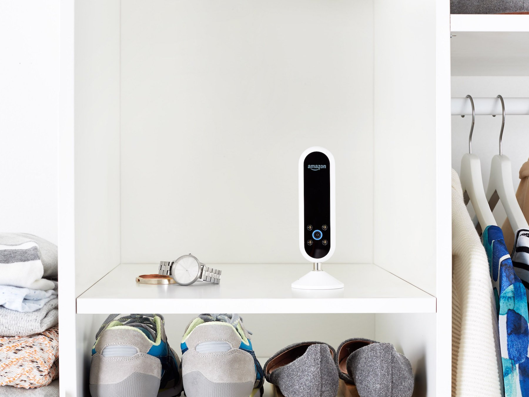 Photo of Here's the first look at Amazon's latest Alexa-powered device: the Echo Look