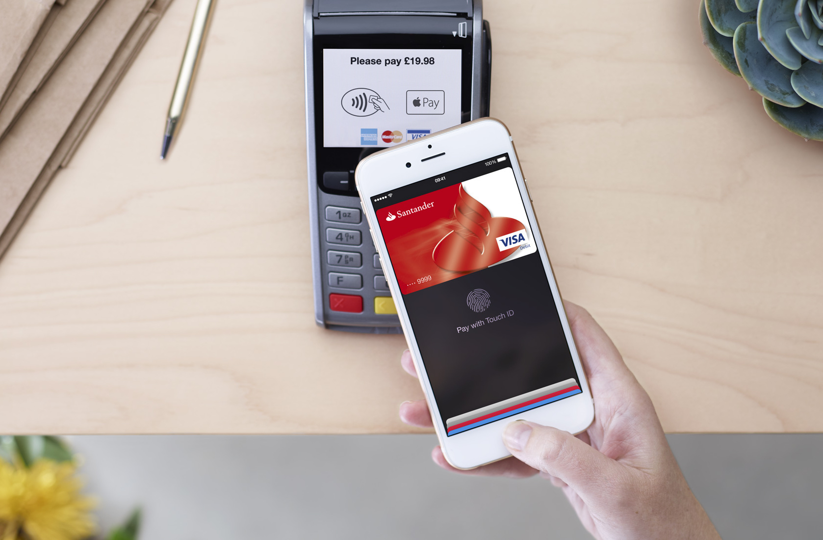 Photo of Apple Pay to account for half of all contactless users by 2020