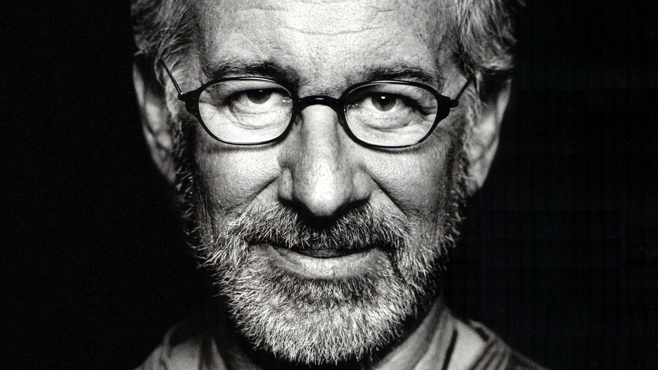 Photo of Steven Spielberg working on new sci-fi production exclusively for Apple