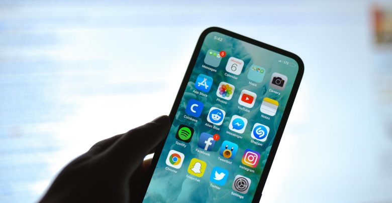 Apple expected to release notch,less iPhone as soon as next